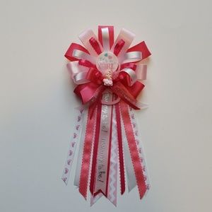 Accessories - Baby shower corsage/baby girl Baby shower corsage